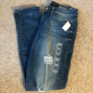 Aeropostale Girlfriend Ripped Jeans NWT